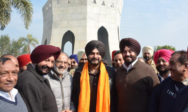 Navjot Sidhu announces Rs. 24 lakh for Baba Banda Singh Bahadur memorial