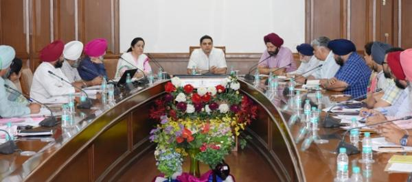 Tejveer exhorts PR officials to make use of all modern tools of communication