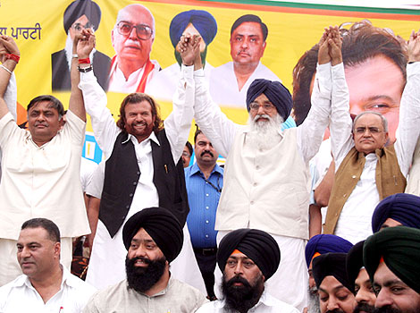 Dalit Samaj had shut out Hans Raj Hans: Thandal
