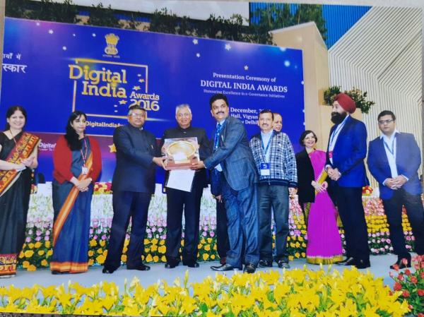 Invest Punjab team wins Digital India Award-2016