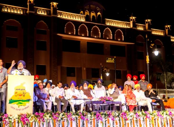 CM dedicates Amritsar beautification project to Humanity