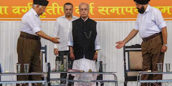 RSS-Pranab meet: Time to bury old ghosts