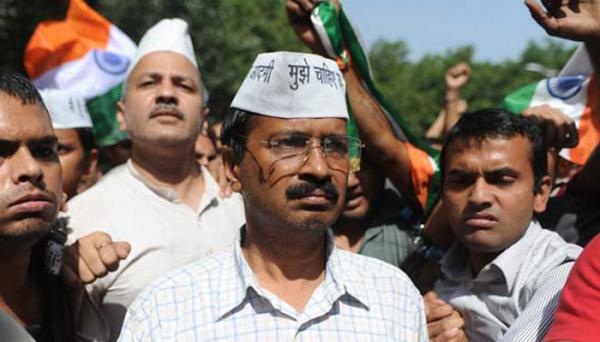 After 24 hrs of defeat, major fight erupts in AAP