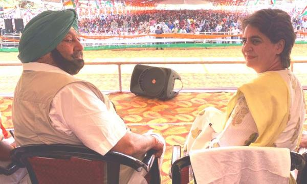 Amarinder bats for Priyanka as Congress president