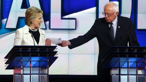 Clinton and Sanders in Democratic Debate: How They Spar Over Judgement