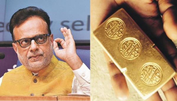 Someone sent gold biscuits to Modi's top officer who knew about demonetisation in advance