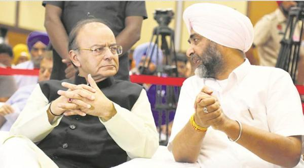 At pre-budget meet with Jaitley, Manpreet seeks all India farm debt waiver, restoration of 90:10 RKVY funding