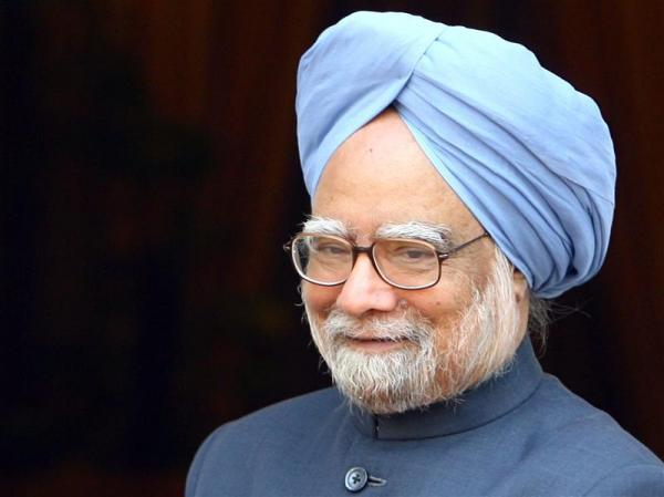 Slowdown 'man-made crisis': Manmohan Singh hits out at Modi govt