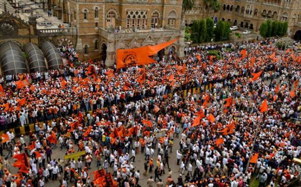 Thousands of Marathas hold protest march in Mumbai, force CM to announce sops