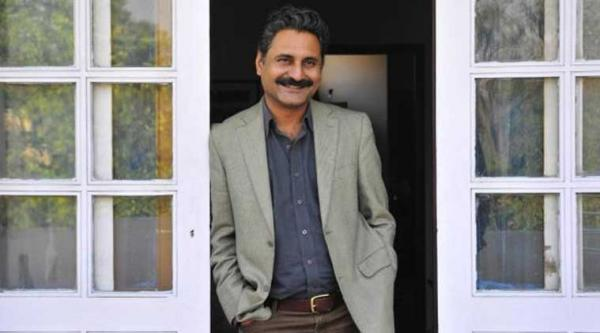 'Peepli Live' co-director Mahmood Farooqui sentenced to 7 years in jail for raping an American national