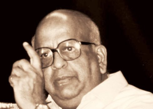 TN Seshan — The Man Who 'Ate Politicians For Breakfast'