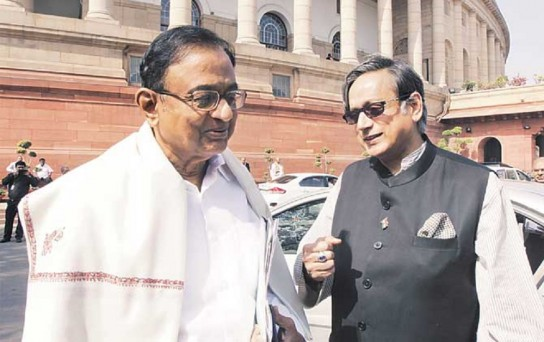 Shashi Tharoor tweets in support of Chidambaram with yet another big word
