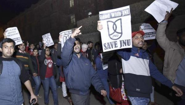 War against JNU, Fake Nationalists, Lawless Lawyers and Pseudo-Patriotism